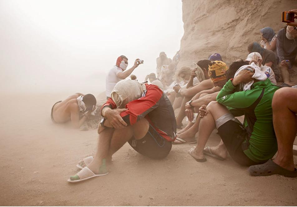 Racers wait out the sand storm Gobi March