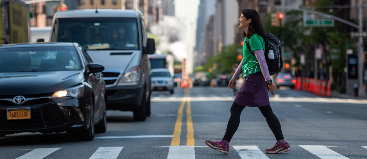 Long distance trail expert and author Liz Thomas begins her city thru-hiking tour of New York City. She'll be hiking 175 miles through all 5 boroughs—a route connecting more than a hundred NYC playgrounds built by The Trust for Public Land.