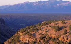 Taos Valley Overlook, New Mexico. Photo: Jane Bernard  Taos Valley Overlook, New Mexico. Photo: Jane Bernard