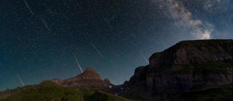 Time lapse of a meteor shower