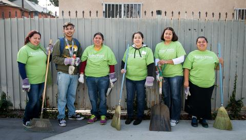 The Equipo Verde participates in a clean up day at an LA Green Alley as a part of the Avalon Green Alleys program.