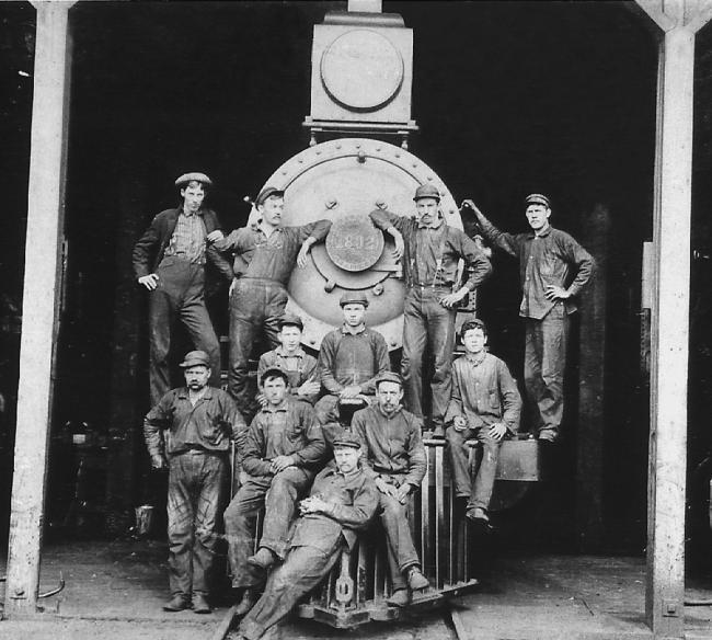Shop workers at the Southern Pacific Roundhouse