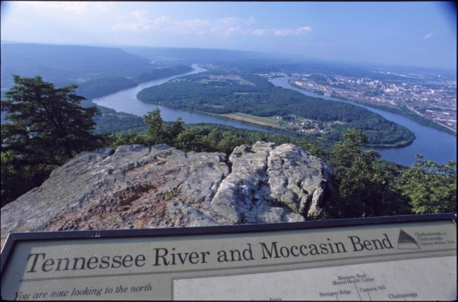 An interpretive sign and Moccasin Bend below.  An interpretive sign and Moccasin Bend below.